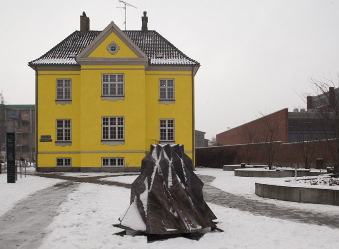 https://morten-jacobsen.info/files/gimgs/th-94_Den Gule Villa.jpg